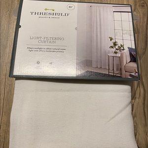 Threshold Light-Filtering Curtain